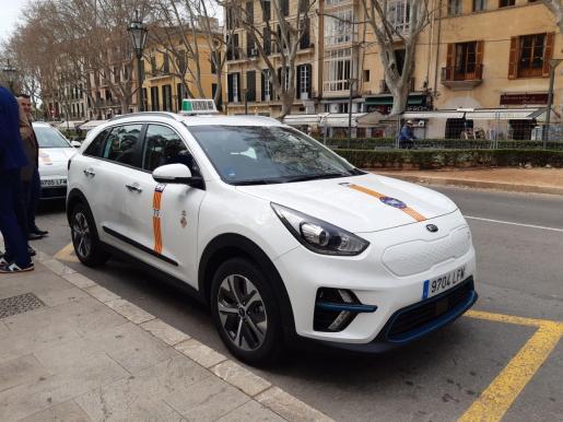 El decreto municipal que autoriza las mamparas en los taxis con motivo de la crisis sanitaria ocasionada por el coronavirus establece algunas condiciones.