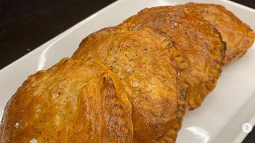 Empanadillas hojaldradas de bonito de Chicote.