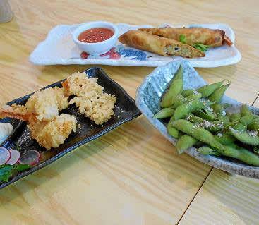 El 'spring roll', la tempura y los edamame en vaina.