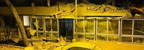Se desploma parte de la fachada de un edificio en Cala Millor