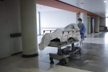 Los sanitarios realizan un trabajo excelente para ayudar a los enfermos de coronavirus