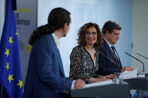 La ministra de Hacienda y portavoz del Gobierno, María Jesús Montero, durante una reciente rueda de prensa.