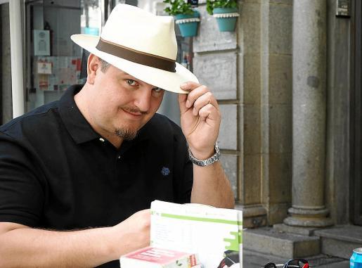El autor ibicenco Ben Clark fue galardonado con el Premi Ciutat de Palma en 2014.