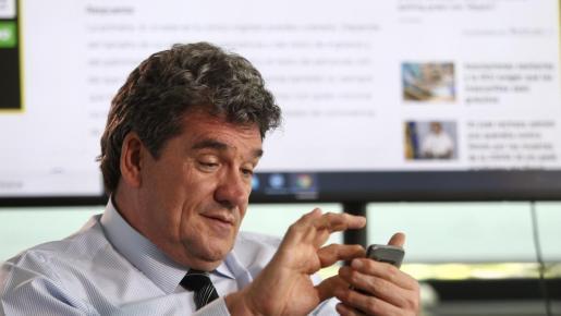 El ministro de Seguridad Social, José Luis Escrivá, responde dudas.