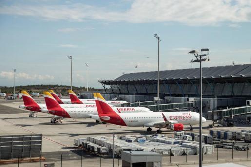 Aviones en el aeropuerto de Son Sant Joan.
