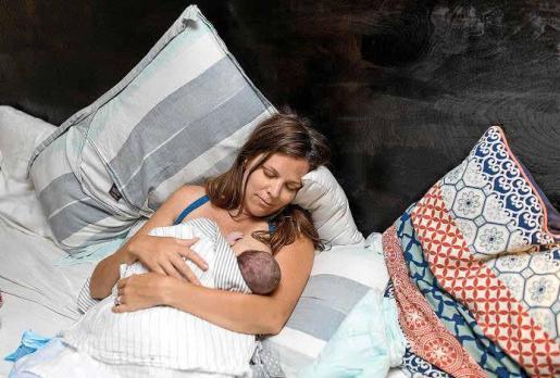 Comadronas y asociaciones de mujeres recuerdan la importancia de que los hospitales de las Islas respeten la voluntad de las madres a la hora de dar a luz