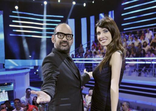 """Pilar Rubio y José Corbacho, presentadores del programa """"Todo el mundo es bueno"""", que Telecinco emitirá en horario de medianoche a partir de la semana próxima."""