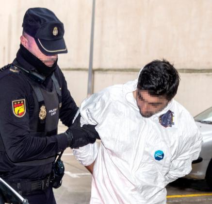 Rafael P. detenido por matar a su expareja sentimental a puñaladas en una tienda de muebles el pasado viernes en Palma.