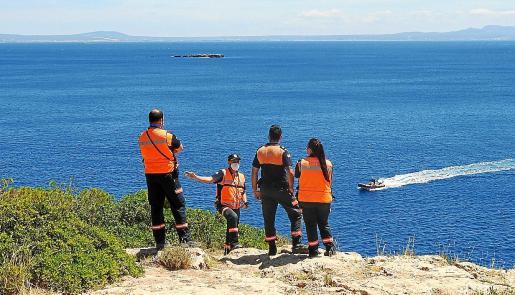 Los equipos de rescate del submarinista desaparecido en Portals Vells buscaban este pasado viernes al vecino de Sóller que el jueves por la tarde desapareció.