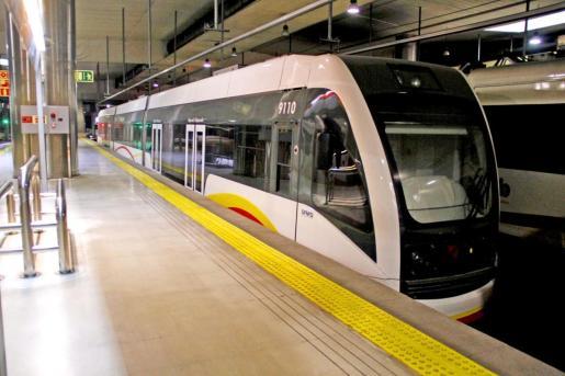 Se recuperan todos los trenes que circulaban en horario laboral de lunes a viernes antes de la declaración del estado de alarma a causa de la crisis sanitaria.