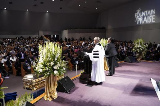 El reverendo Al Sharpton durante el funeral de George Floyd enHouston.