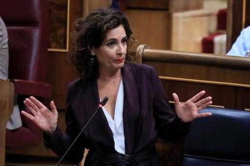 La ministra de Hacienda, María Jesús Montero, durante su intervención en la sesión de control al Gobierno que este miércoles celebra el Congreso.