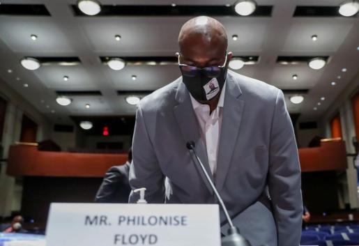 Philonise Floyd en el Congreso.