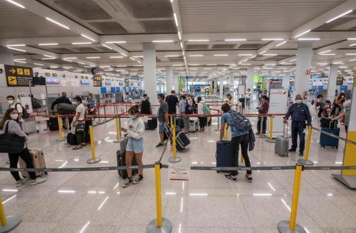 Los turistas alemanes empezarán a llegar este lunes a los aeropuertos de Baleares.