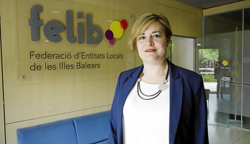 Neus Serra, secretaria general de la FELIB, se siente «orgullosa» de la función de la entidad.