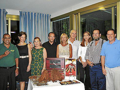 Ramón Emilio Cruz, Katrin Poilanne, Antonia Jaume, Mateo Llorens, Maribel Galmés, Juan Juan, Carmen García, Miquel Jaume y José Luis Esteve.