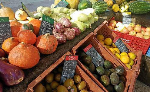 La intención al crear este mercado en Palma es que los payeses puedan vender directamente sus productos a los consumidores.