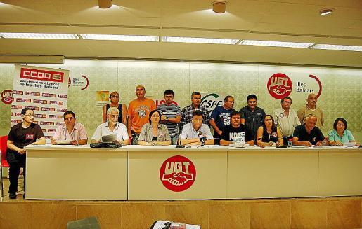 Los integrantes de la plataforma en defensa de los servicios públicos.