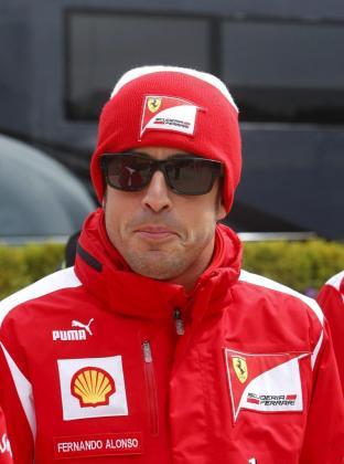 El piloto español de Fórmula Uno, Fernando Alonso, de la escudería Ferrari, busca aumentar la distancia con sus perseguidores en el Gran Premio de Alemania.