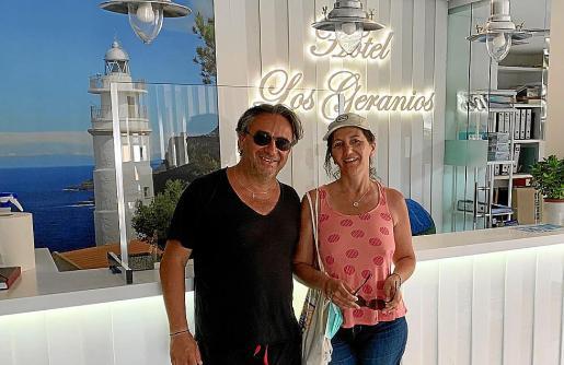Jacques Vincent Scotto y Marie Claude Lapeyronie decidieron viajar en el último minuto.