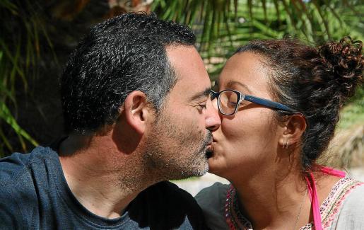 Una diferencia de 19 años entre Aina Rosselló y Gerardo Fenoll.