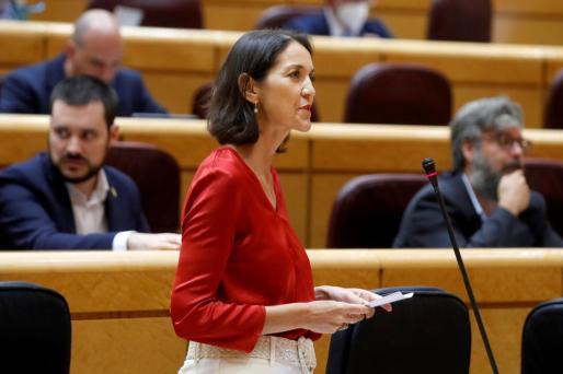 La ministra de Industria, Reyes Maroto, interviene este martes durante una sesión de control en el Pleno del Senado en Madrid.