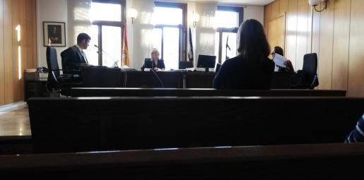 La imputada, en otro juicio celebrado meses atrás por un caso idéntico.