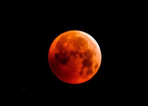 Noche de eclipse Lunar.