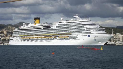 El crucero Costa Diadema en Palma.