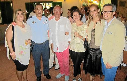Coral de Miguel, Ramón Balastegui, Jesús Díaz, Emma López, Titi Villalonga y Tomeu Mercadal.