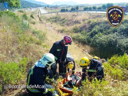Este domingo por la mañana se ha producido un accidente de tráfico en la autopista de Inca.