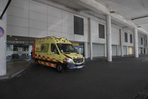 El motorista ingresó en estado crítico en el hospital de Son Espases.