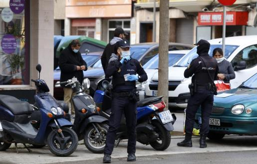 Agentes del CNP practicaron la detención.