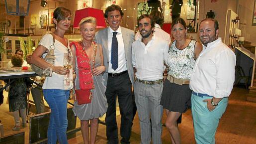 María Obrador, Cecile Sandberg, Mateo Isern, Marcos Ybarra, Lluïsa Llull y Tommy Ferragut.