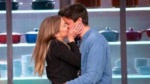 Luna y Alberto confirmaron su relación.