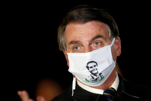 Jair Bolsonaro, hablando con periodistas el pasado 22 de mayo.