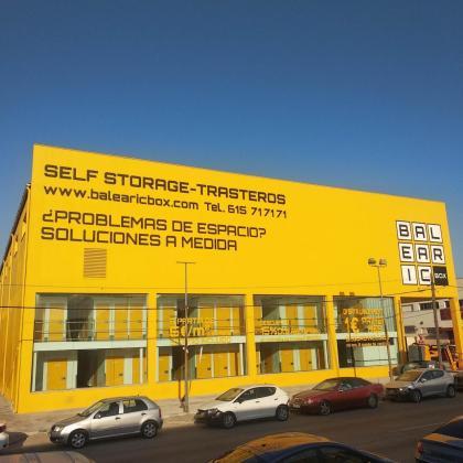 Balearic Box está ubicado en el polígono de Son Castelló, donde ofrecen trasteros que van desde 1 hasta 30m².