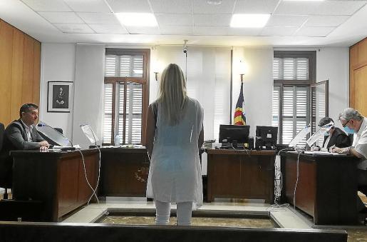 La procesada, este miércoles, en un juzgado de lo Penal de Palma, durante la vista.