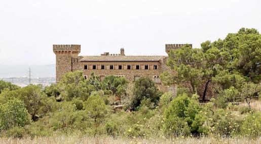 Imagen actual de la fortaleza, ya sin la torre de homenaje que dificultaba la legalización del edificio.