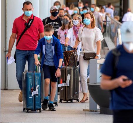 Las medidas de control sanitario han mejorado en el aeropuerto de Palma.