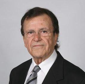 Imagen de Manuel Campos como árbitro internacional de la IJF.