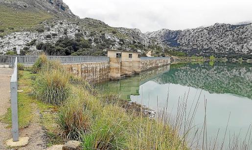 El estado de los embalses es bueno y el mes pasado aportaron casi la mitad, el 45,7 %, del agua consumida.