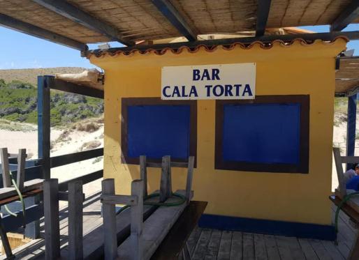 Esta instalación de temporada, ubicada en el litoral de Artà, se cerró en verano de 2019 tras la orden de desmantelamiento y demolición emitida por el gobierno central tras la extinción de la concesión el 29 de julio de 2018.