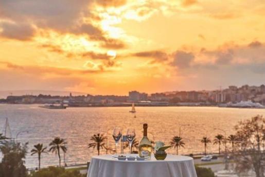 Palma tiene una gran cantidad de establecimientos con encanto en los que disfrutar de un desayuno, una merienda o tomar algo relajadamente.