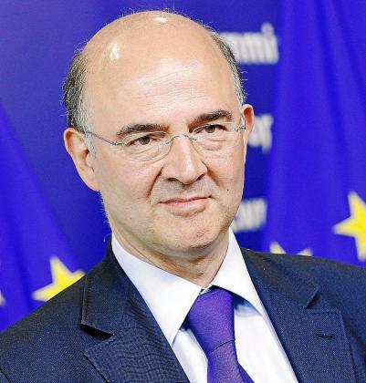 El ministro francés de Economía, Moscovici, se reunió en París con De Guindos.