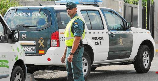 Agentes de la Guardia Civil y de la Policía Local de Binissalem llevaron a cabo la detención.