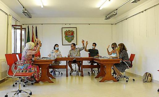 El pleno del Ajuntament de Mancor retiró este jueves por unanimidad la distinción que le había concedido en septiembre del 36.