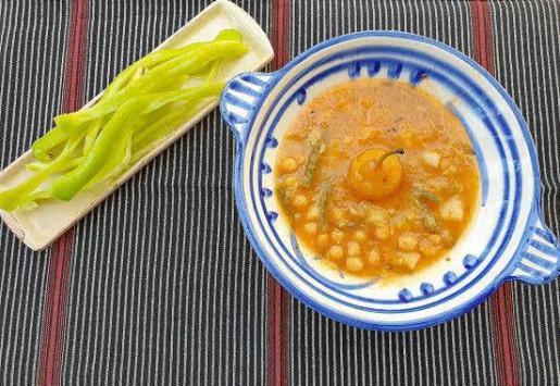 Receta de olla fresca con peritas de San Juan para cuatro personas.