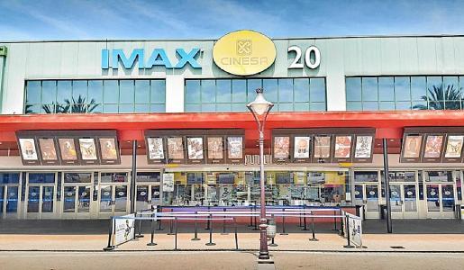 En la Isla, ya haytres cines abiertos: Ocimax, Fan Mallorca y CineCiutat, y este lunes abrirá Cinesa en el Mallorca Fashion Outlet.