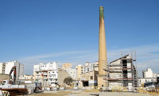 Imagen de unas obras en el barrio de La Soledat, que pretende convertirse en una zona tecnológica.